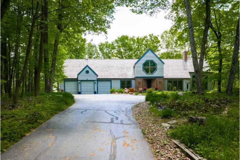 5704 Paradise Ridge St, West Bend, WI by First Weber Real Estate $585,000