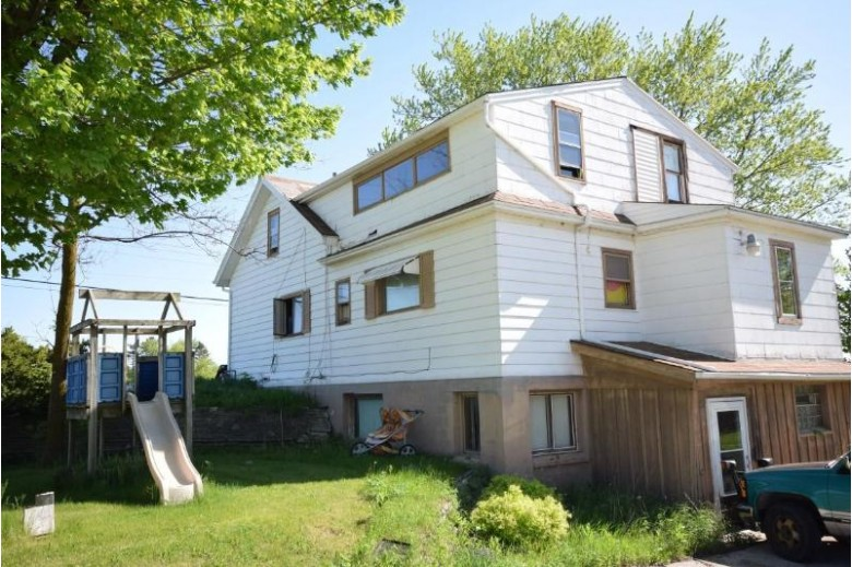 4483 State Road 33, West Bend, WI by Emmer Real Estate Group $299,900