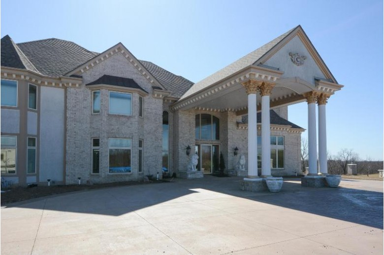 W199S6904 Crabapple Ct, Muskego, WI by Lemke Realty, Llc $2,450,000