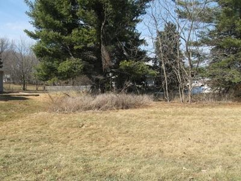 LT2 W Pine St, Lake Mills, WI by Re/Max Community Realty $39,900