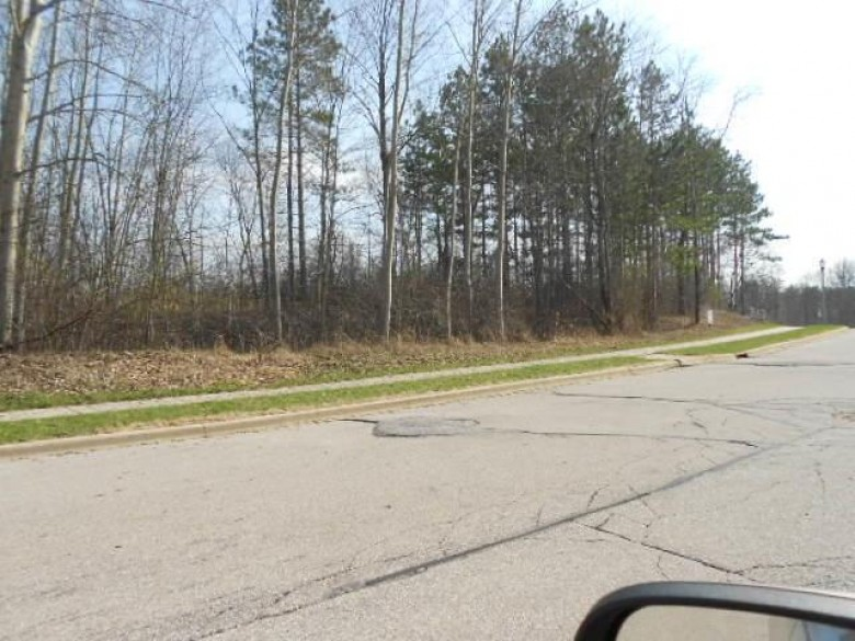 LT48 Silverwood Pl, West Bend, WI by Russell Real Estate $74,900