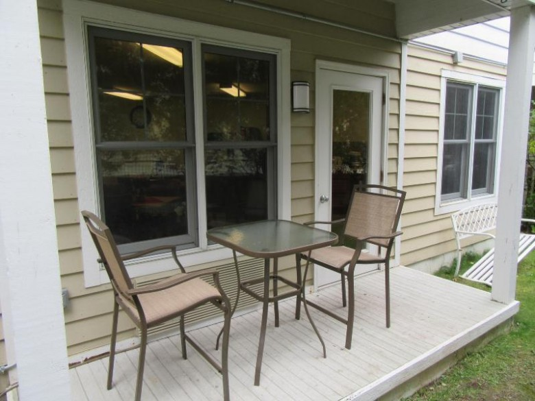 123 Center St 309, Lake Geneva, WI by Keefe Real Estate, Inc. $119,500