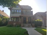 2915 N 40th St 2917, Milwaukee, WI by Exit Realty Horizons $97,000