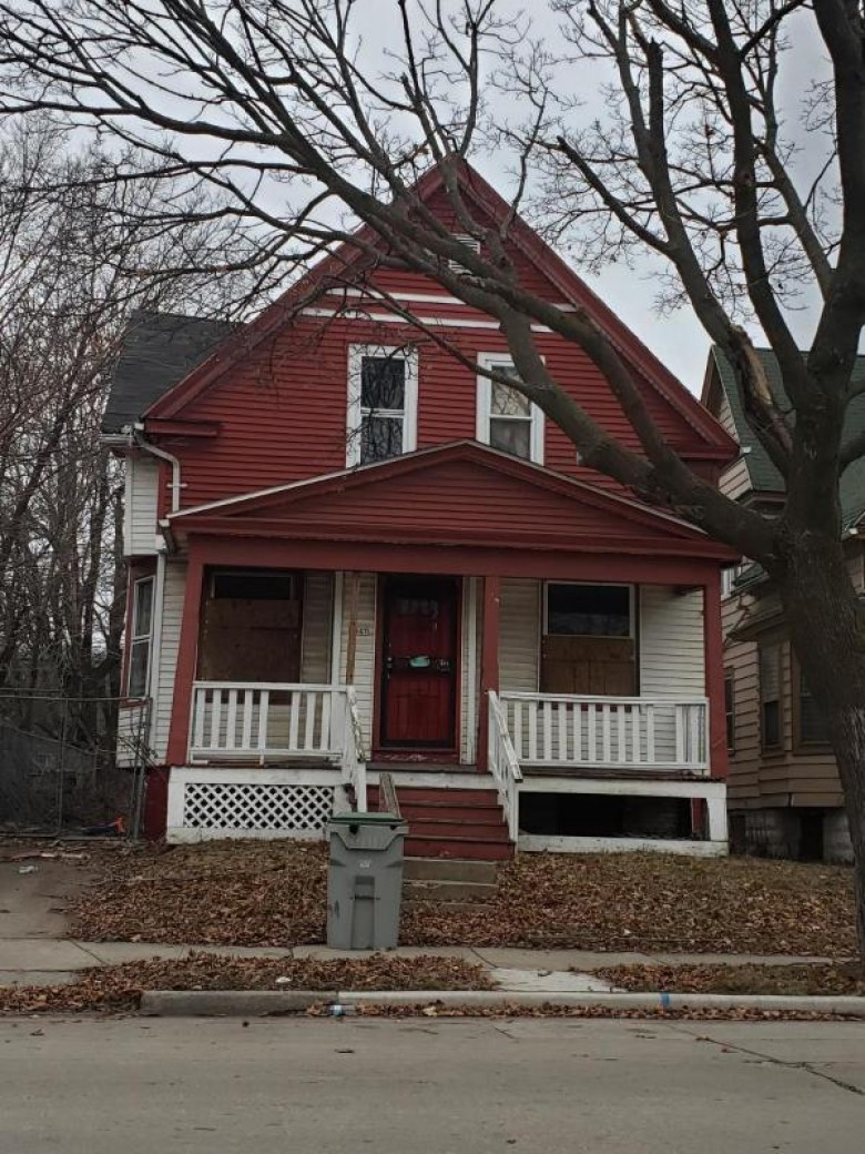 3047 N 12th St, Milwaukee, WI by Homestead Realty, Inc~milw $5,000