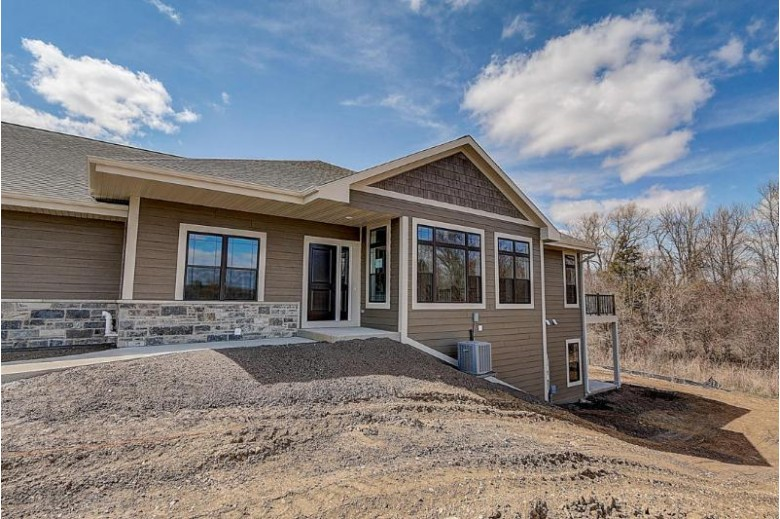 20091 Overstone Dr 31-1 Lannon, WI 53046 by Century 21 Affiliated - Delafield $504,900