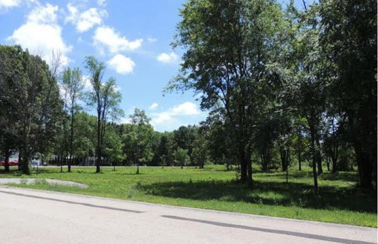 N8531 River Rd, Watertown, WI by The Real Estate Duo Llc $80,000