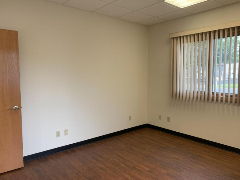 200 Mason St 15 & 16, Onalaska, WI by Coldwell Banker Commercial River Valley $385,900