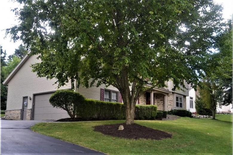 1600 Constitution Dr, Brookfield, WI by Re/Max Realty 100 $399,900