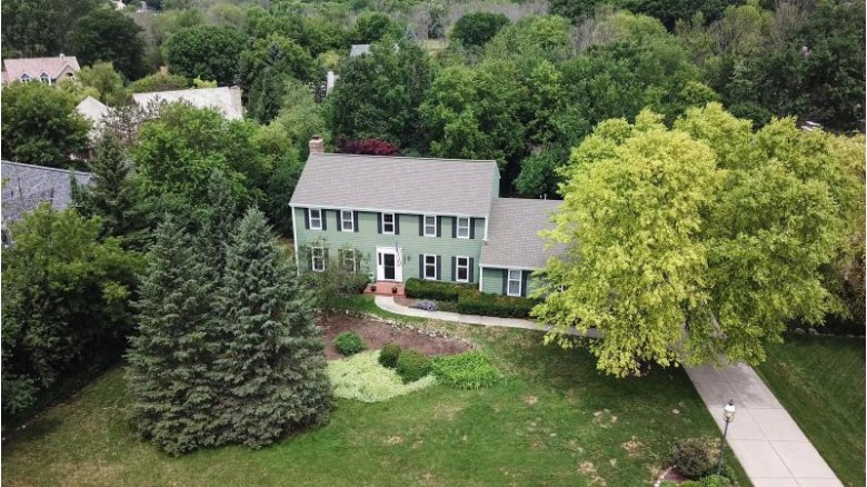 14900 Woodland Pl, Brookfield, WI by First Weber Real Estate $464,900