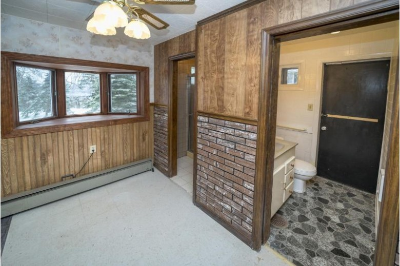 8380 S 100th St, Franklin, WI by First Weber Real Estate $289,900