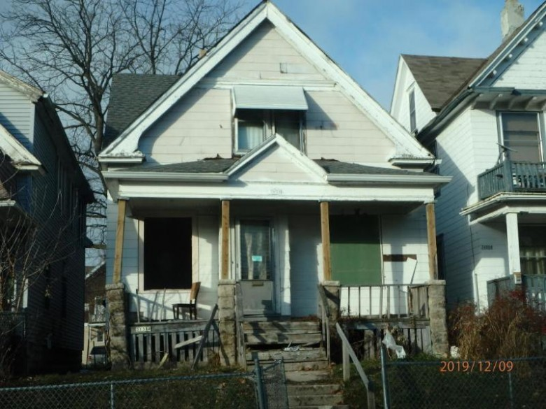 3131 N 15th St, Milwaukee, WI by Ogden, The Real Estate Company $5,000