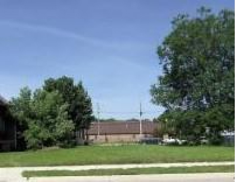 510 S Second St, Watertown, WI by Encompass Realty-Lake Country $27,900