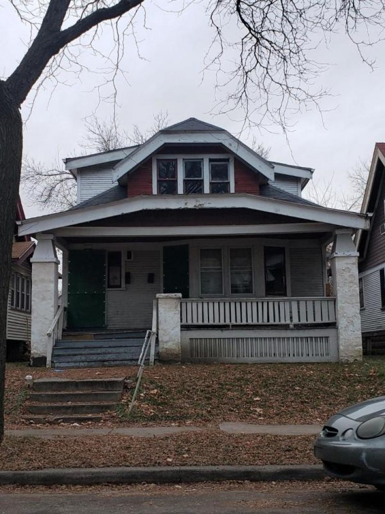 3032 N 24th Pl, Milwaukee, WI by Homestead Realty, Inc~milw $5,000