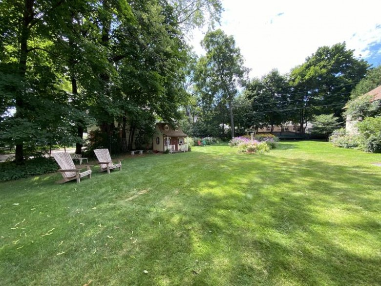 1931 Riverside Ave, Marinette, WI by Broadway Real Estate $399,900