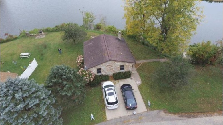 19870 Marinuka Ln, Galesville, WI by Re/Max Results $194,900