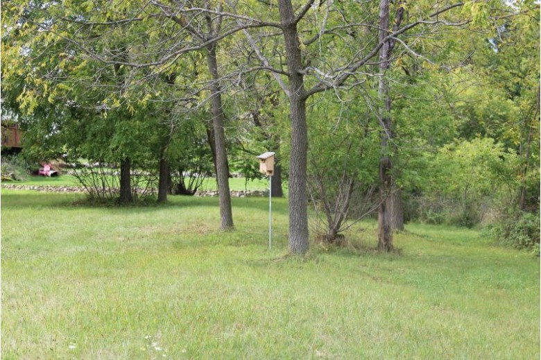 578 S Concord Rd, Oconomowoc, WI by Berkshire Hathaway Homeservices Metro Realty $124,900
