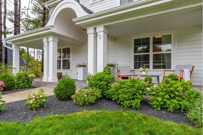 470 Park Ct, Hartland, WI by Keller Williams Realty-Lake Country $899,000