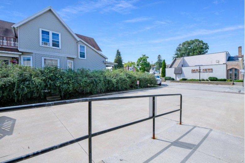 101 S 6th Ave, West Bend, WI by Re/Max United - West Bend $369,900