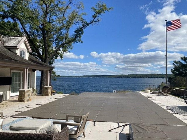 569 N Lakeshore Dr, Fontana, WI by Melges Real Estate, Llc $5,950,000