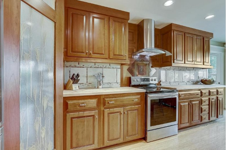 307 S Rochester St 309, Mukwonago, WI by First Weber Real Estate $569,000