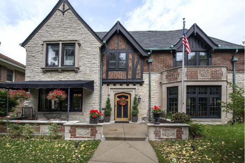 2722 E Newton Ave, Shorewood, WI by First Weber Real Estate $949,900