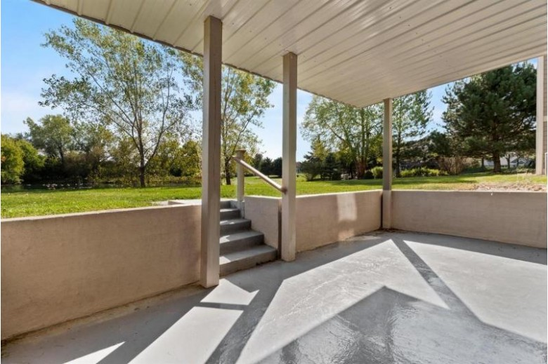 N22W26481 Shooting Star Ct Pewaukee, WI 53072-6621 by First Weber Real Estate $469,900