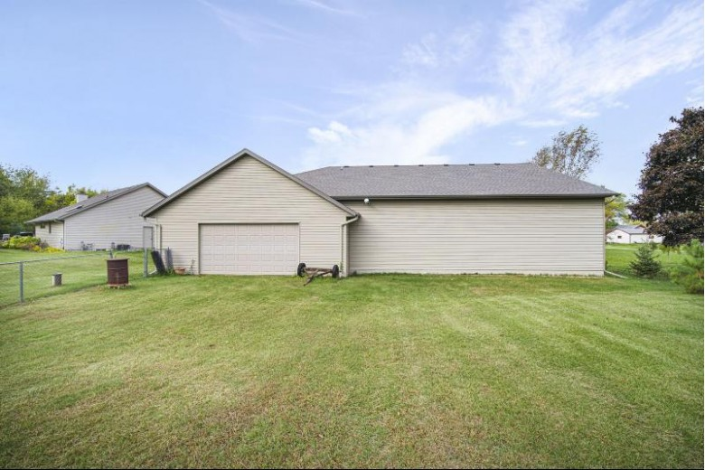 3109 S 19th St, Manitowoc, WI by Heritage Real Estate $499,900