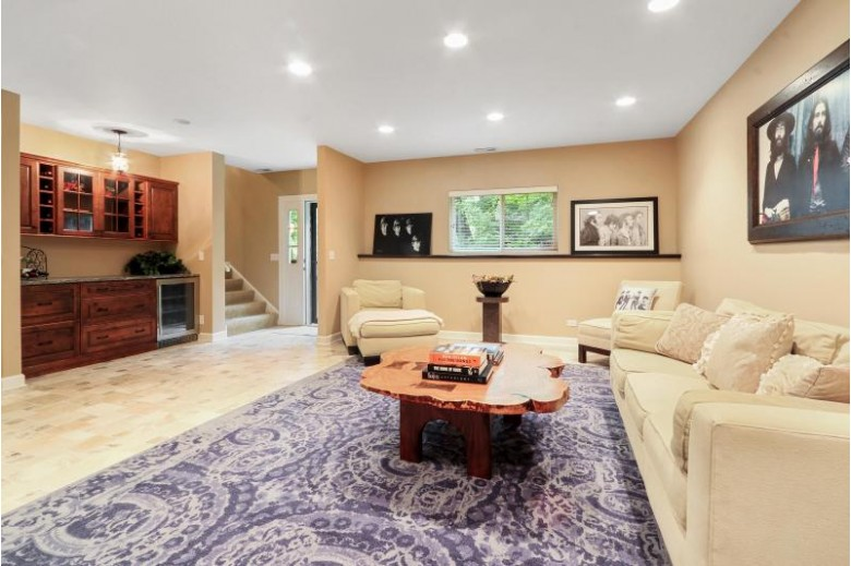 W4433 Basswood Dr, Lake Geneva, WI by Keefe Real Estate, Inc. $785,000