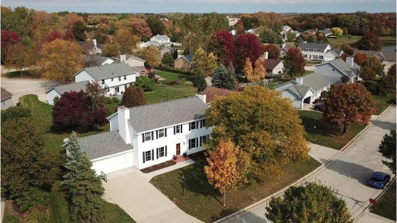 8838 W Lake Pointe Cir, Franklin, WI by First Weber Real Estate $350,000