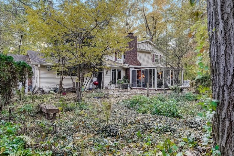 18590 Anita Dr, Brookfield, WI by Redefined Realty Advisors Llc $499,000