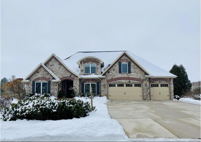 245 Settlers Trl, Sheboygan Falls, WI by Century 21 Moves $769,900