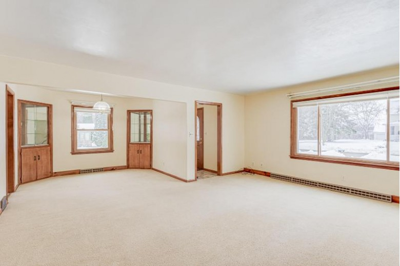 602 N Holden St, Port Washington, WI by First Weber Real Estate $248,300
