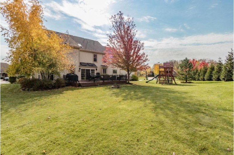 W126N6545 Sycamore Ln, Menomonee Falls, WI by First Weber Real Estate $579,000