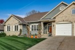 4668 W Berkshire Dr, Franklin, WI by Re/Max Realty 100 $414,900