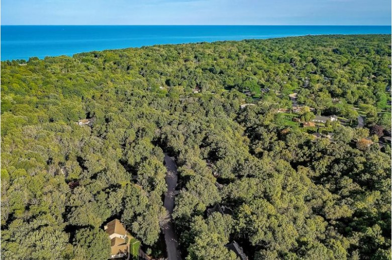 233 E Ravine Baye Rd, Bayside, WI by Powers Realty Group $855,900