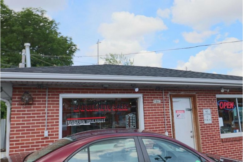 5905 W Appleton Ave, Milwaukee, WI by Golden Oaks Realty $225,000