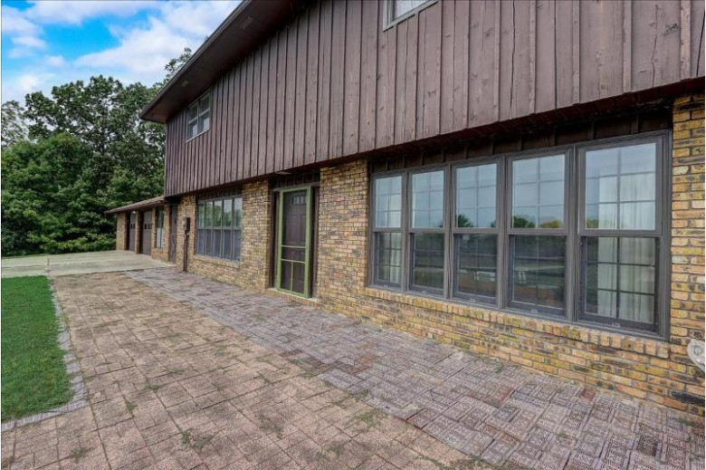 N4976 Business 26 N4982, Jefferson, WI by Re/Max Shine $999,900