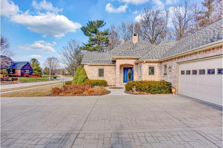 700 Treehouse Pkwy, Kohler, WI by Home Seekers Realty Group $625,000