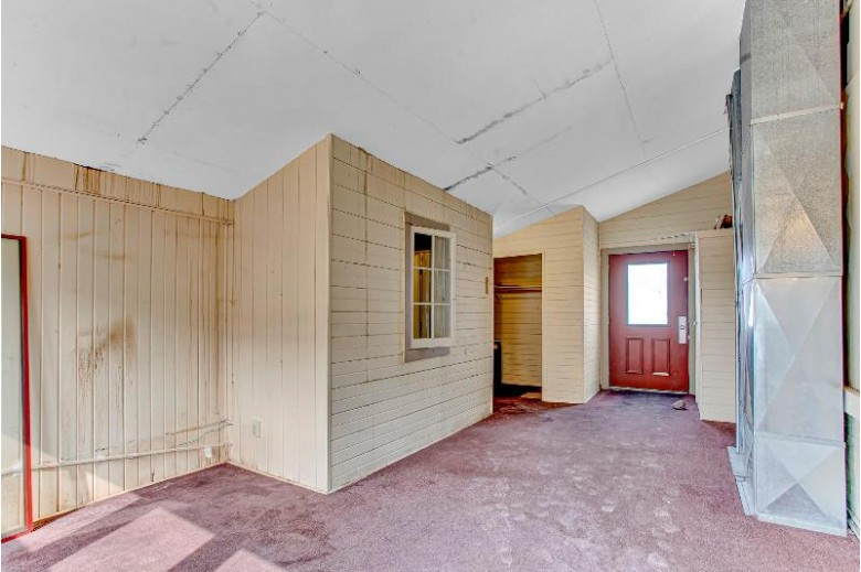124 Pine St, Sheboygan Falls, WI by Keller Williams Empower $575,000