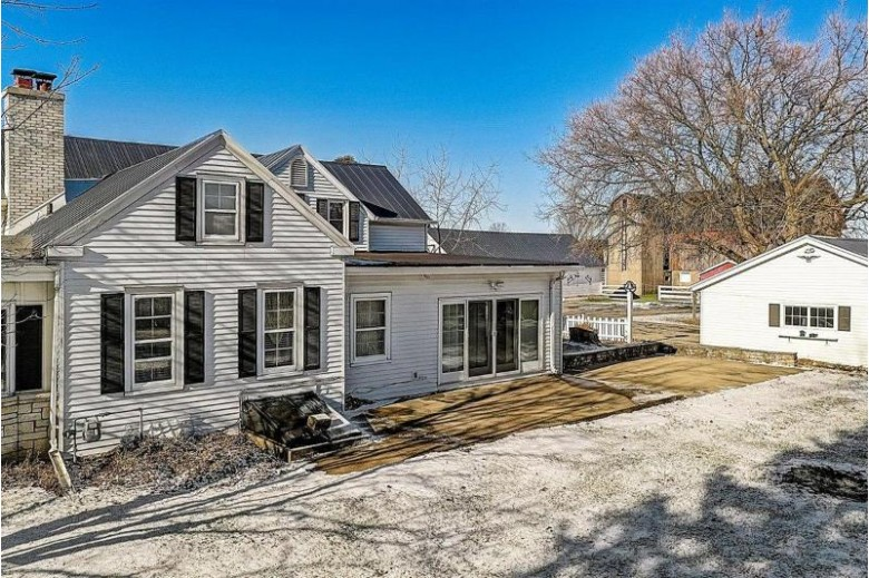 N52W35634 W Lake Dr, Oconomowoc, WI by Exp Realty Llc-Forest Home $625,000