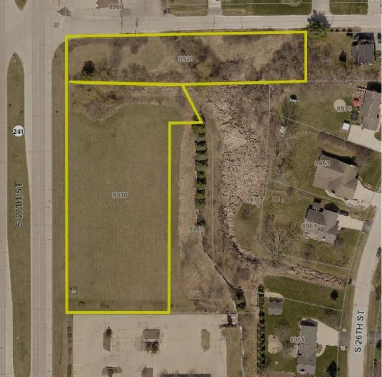 8930 S 27th St, Oak Creek, WI by Transfer Real Estate Services $899,900