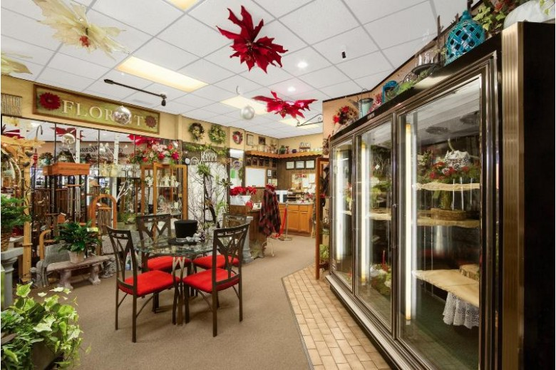 492 Division St, Stevens Point, WI by Coldwell Banker Commercial River Valley $299,999
