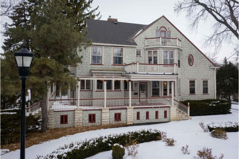 27 S Park Ave, Fond Du Lac, WI by First Weber Real Estate $349,900