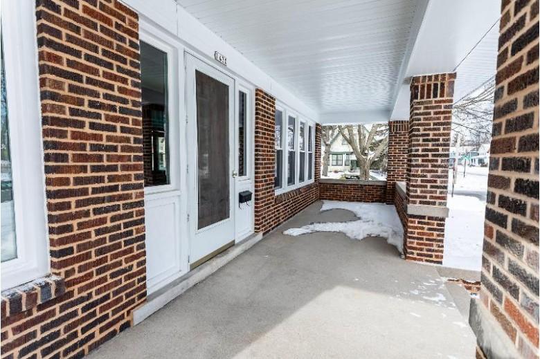 1430 N 7th St, Sheboygan, WI by Keller Williams Empower $229,900