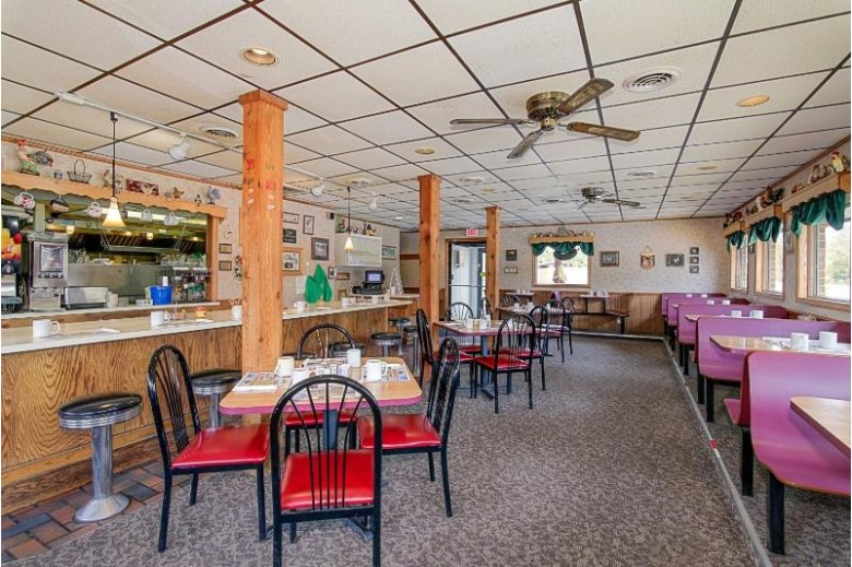 110 E Waukesha Rd Eagle, WI 53119-2013 by Benefit Realty $650,000