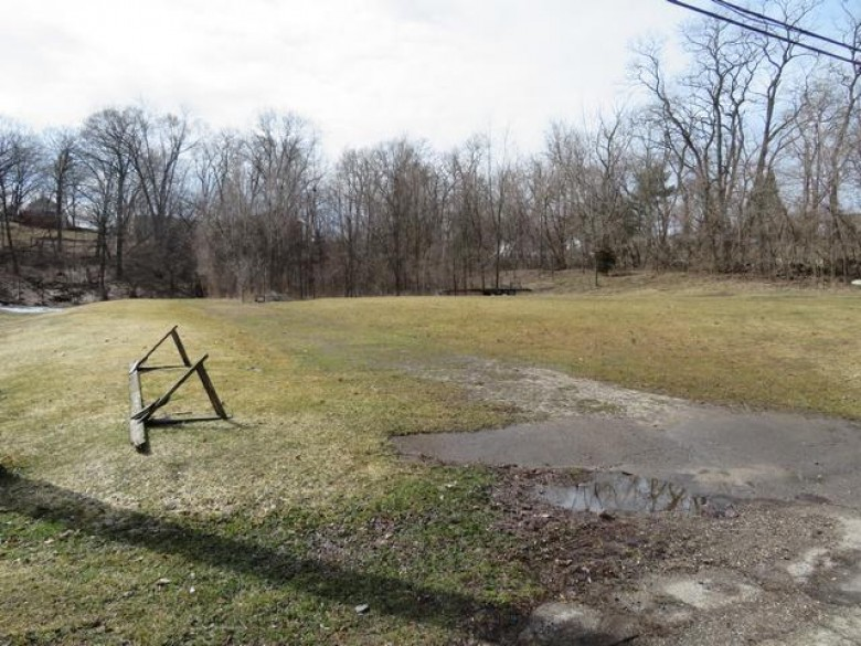LT28 Toms Ave, Twin Lakes, WI by Bear Realty, Inc $75,900
