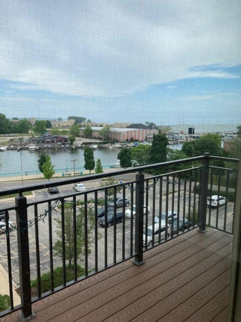 141 Main St 410 Racine, WI 53403-4625 by Sucevich Realty $175,900