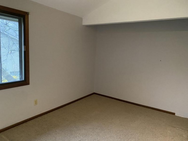 3005 Old Mill Dr Racine, WI 53405-1325 by First Weber Real Estate $140,000