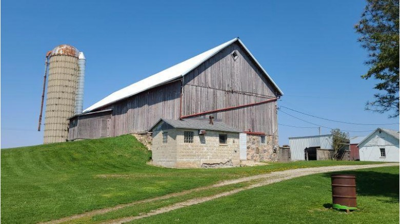 W2810 Gopher Hill Rd Watertown, WI 53094 by Bill Stade Auction & Realty $344,000