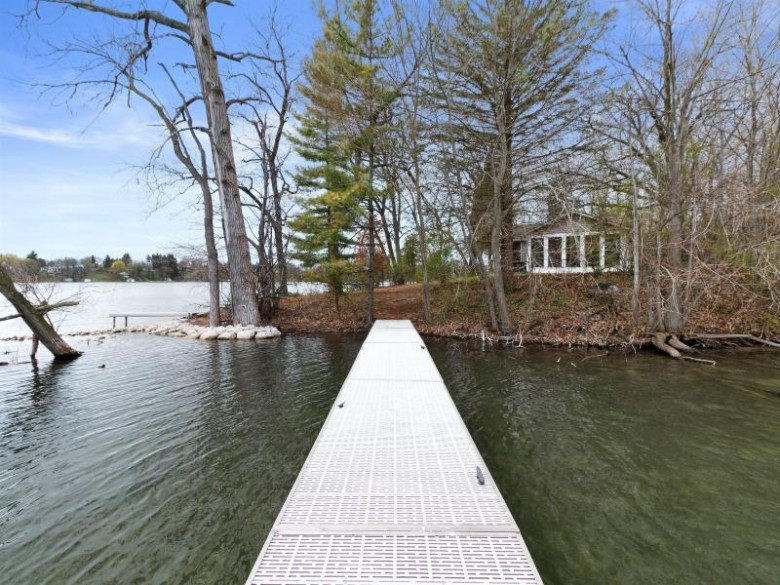 LT3 Booth Lake, East Troy, WI by Realty Executives Southeast $315,000